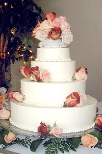 Current Cuisine Wedding Cake 02